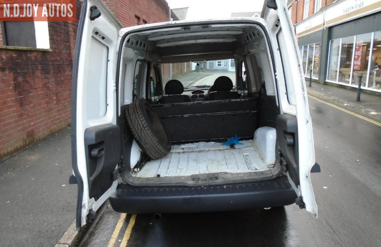VAUXHALL COMBO 1700 SE CDTI - Picture 5