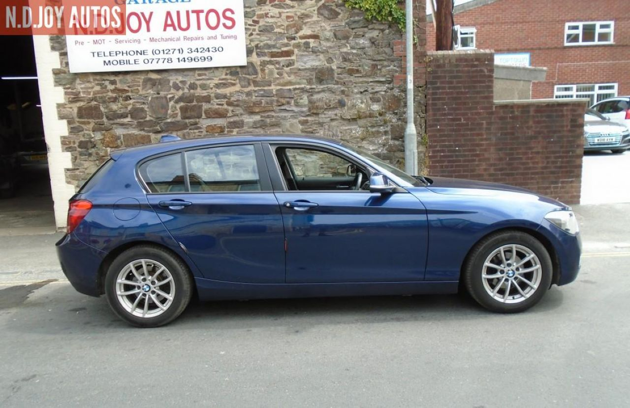 BMW SERIES 1 118d SE - Picture 3