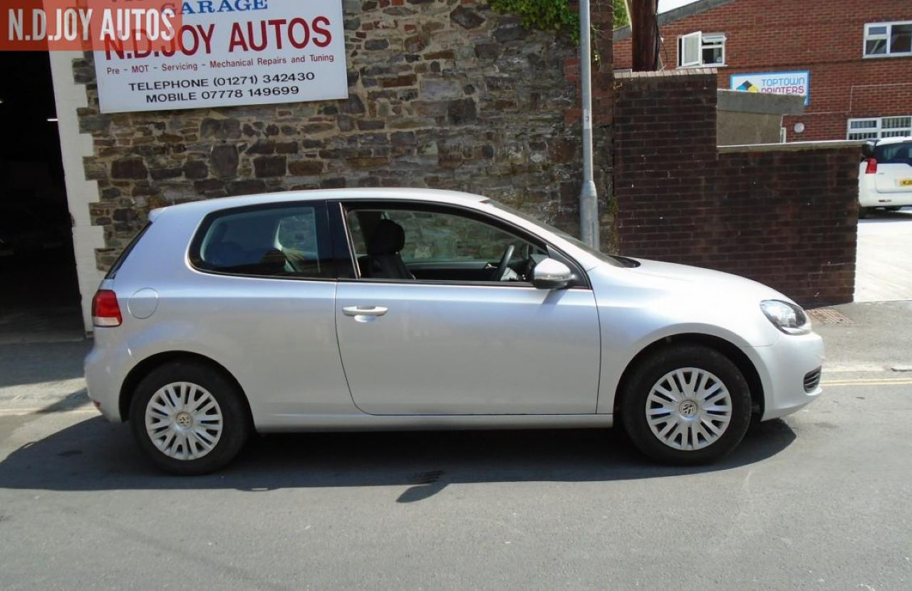 VOLKSWAGENGOLFS 1.6 102 PS for sale