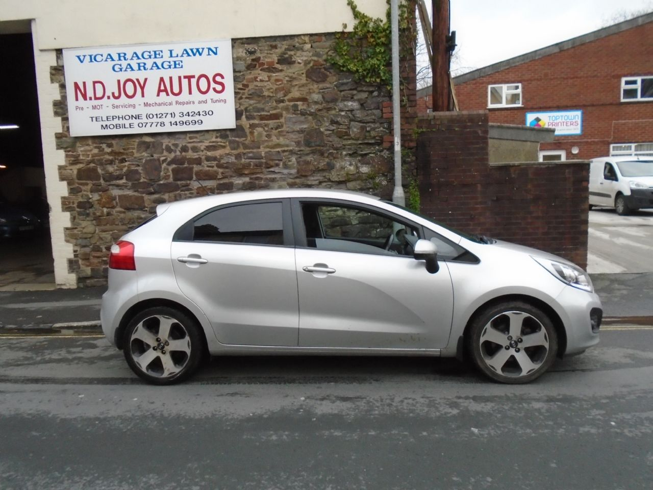 KIARIO1.4 CRDI 3 EcoDynamics for sale