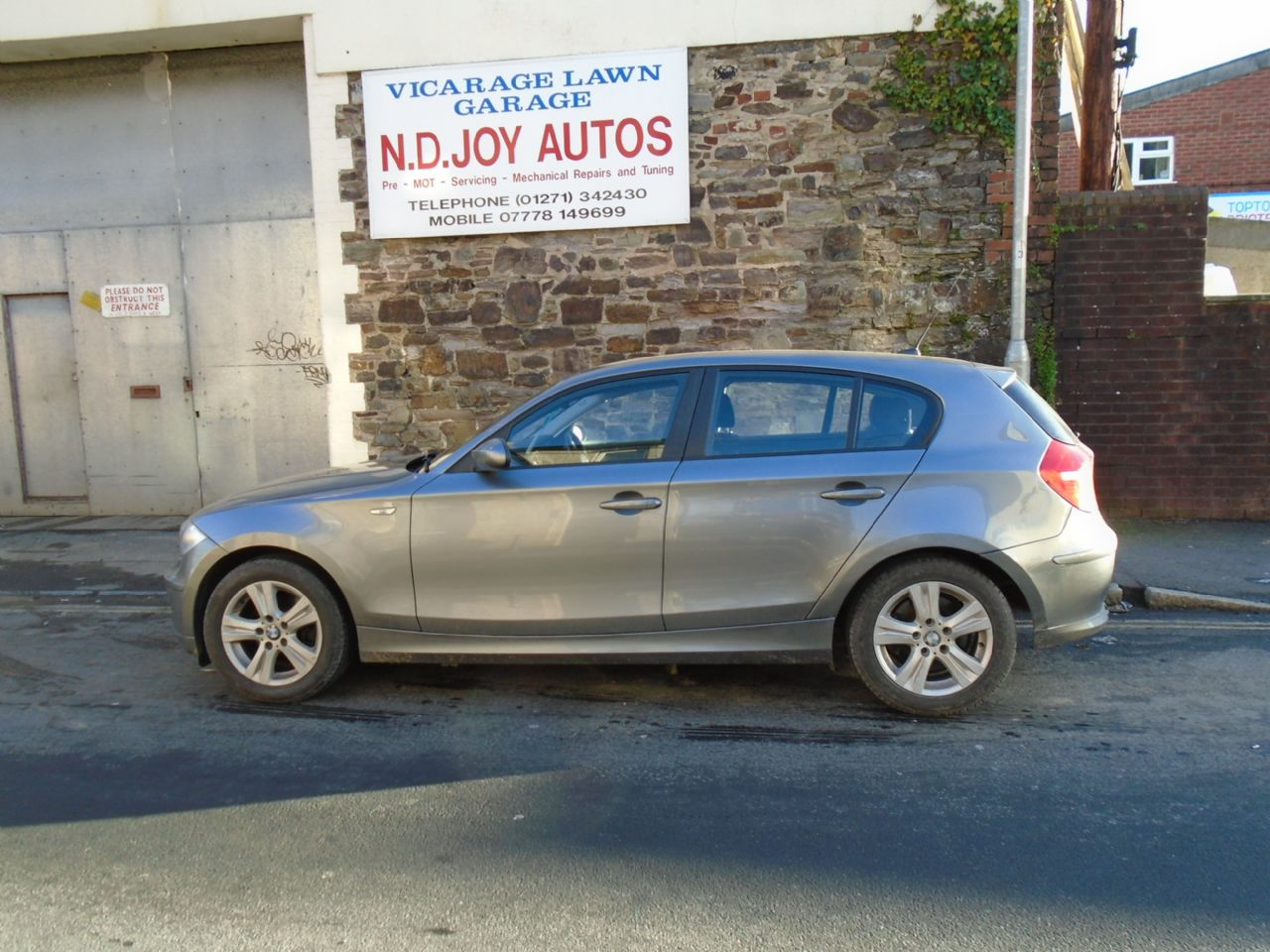 BMW SERIES 1 118d SE - Picture 1