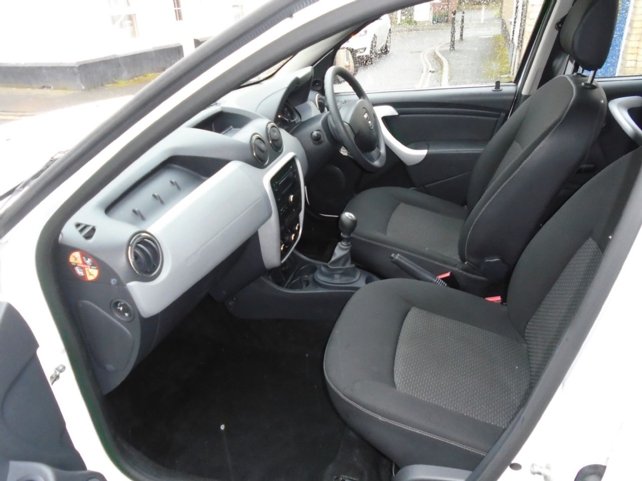 DACIA DUSTER Ambiance dCi 110 4x2 - Picture 5