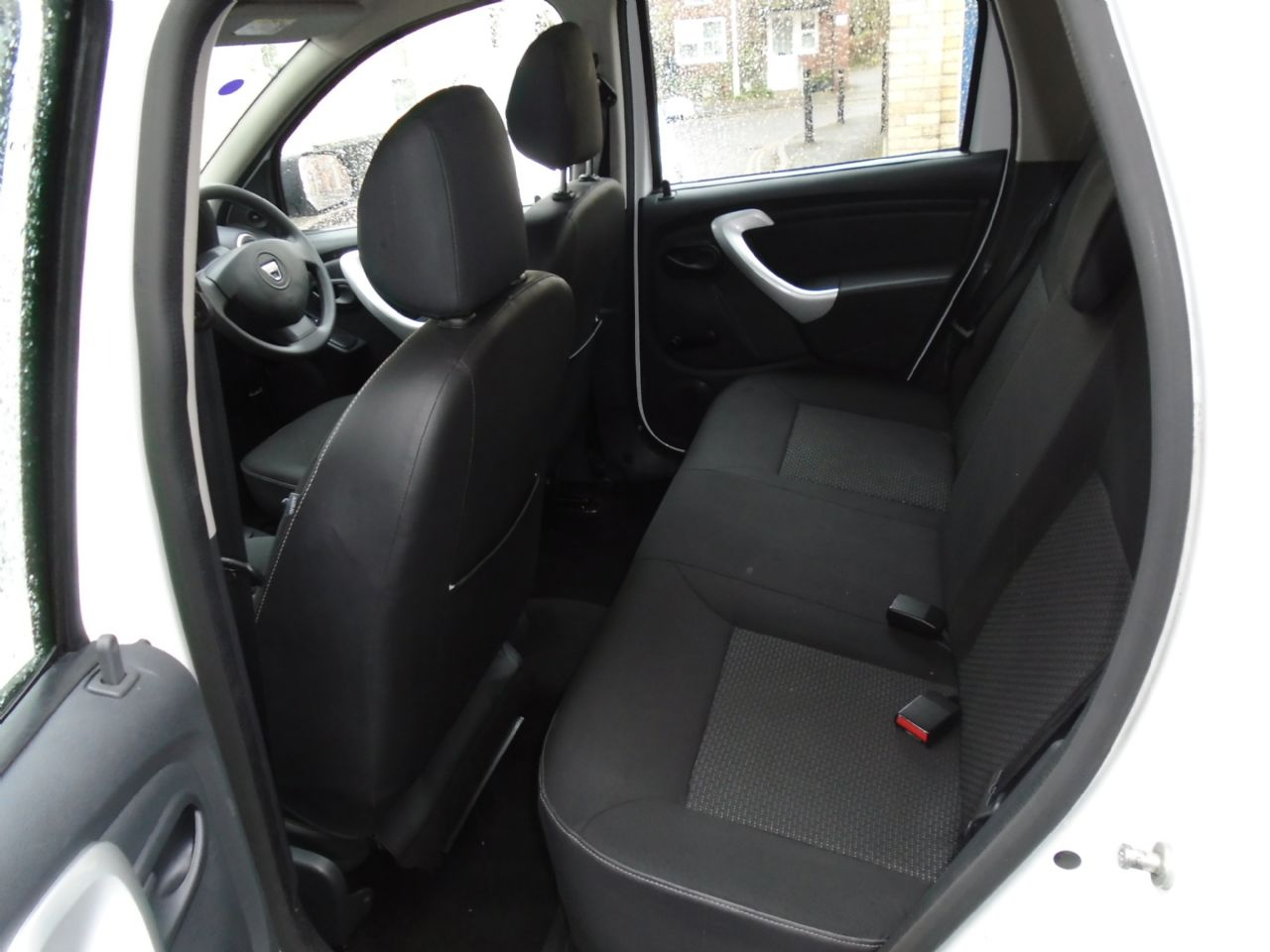DACIA DUSTER Ambiance dCi 110 4x2 - Picture 6