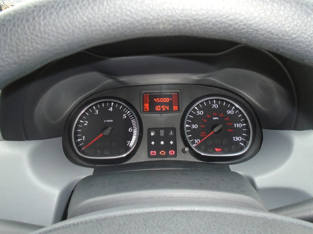DACIA DUSTER Ambiance dCi 110 4x2 - Picture 8