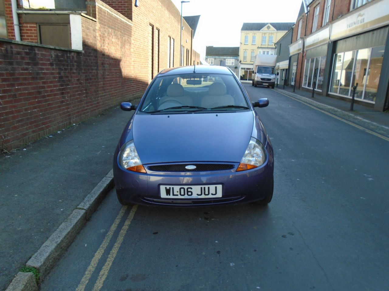 FORD KA 1.3 Style - Picture 2