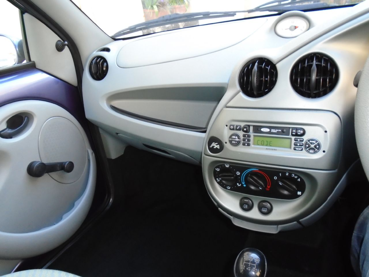 FORD KA 1.3 Style - Picture 7