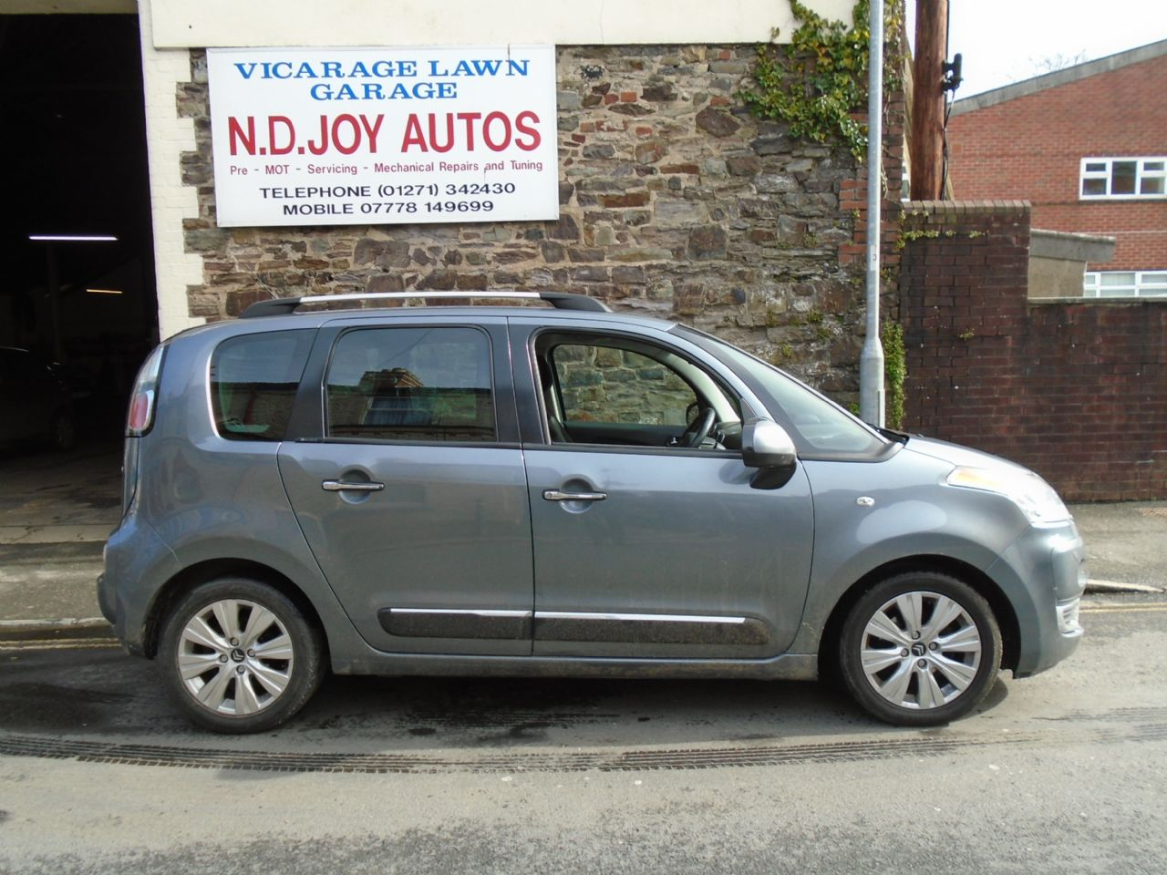 CITROENC3 PICASSO1.4VTi 16v 95HP Exclusive for sale