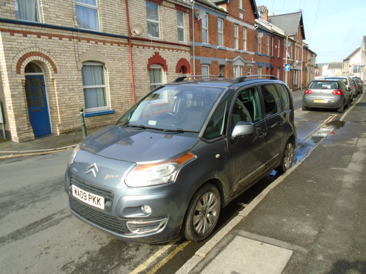 CITROEN C3 PICASSO 1.4VTi 16v 95HP Exclusive - Picture 3