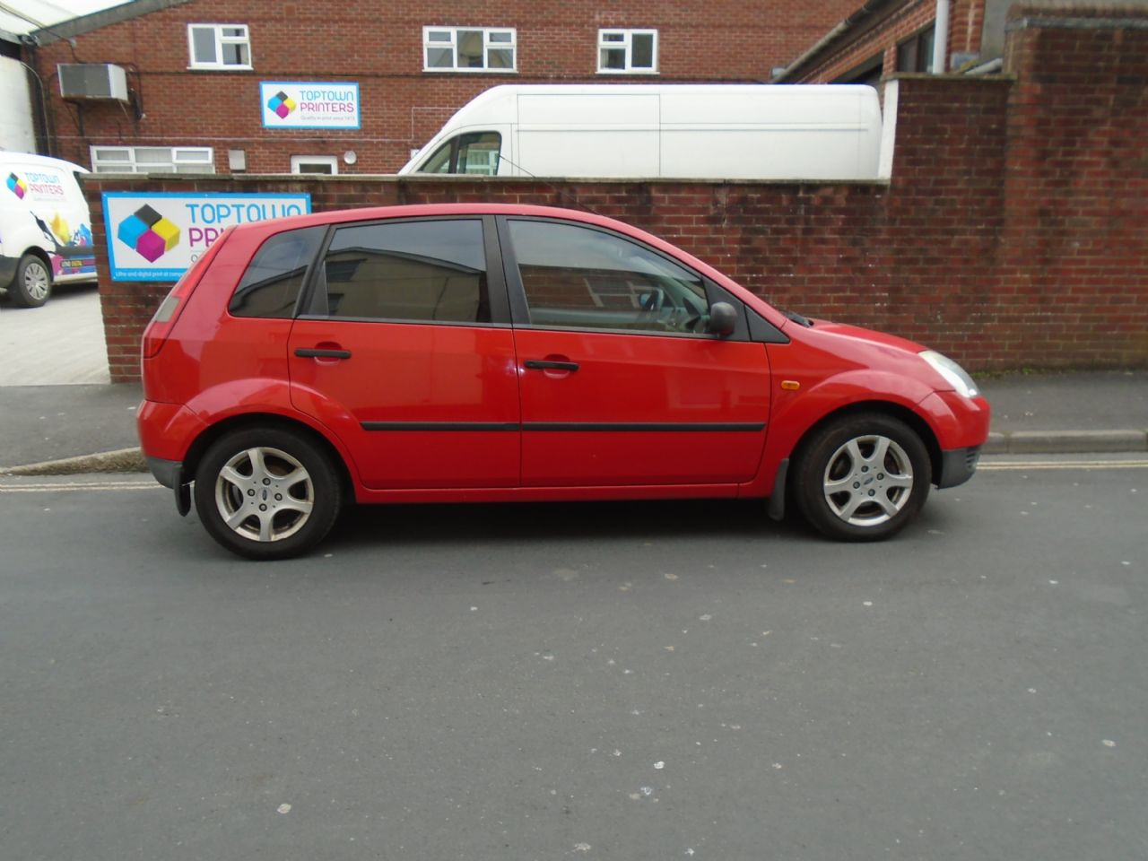 FORDFIESTA1.4i 16v LX A/C for sale