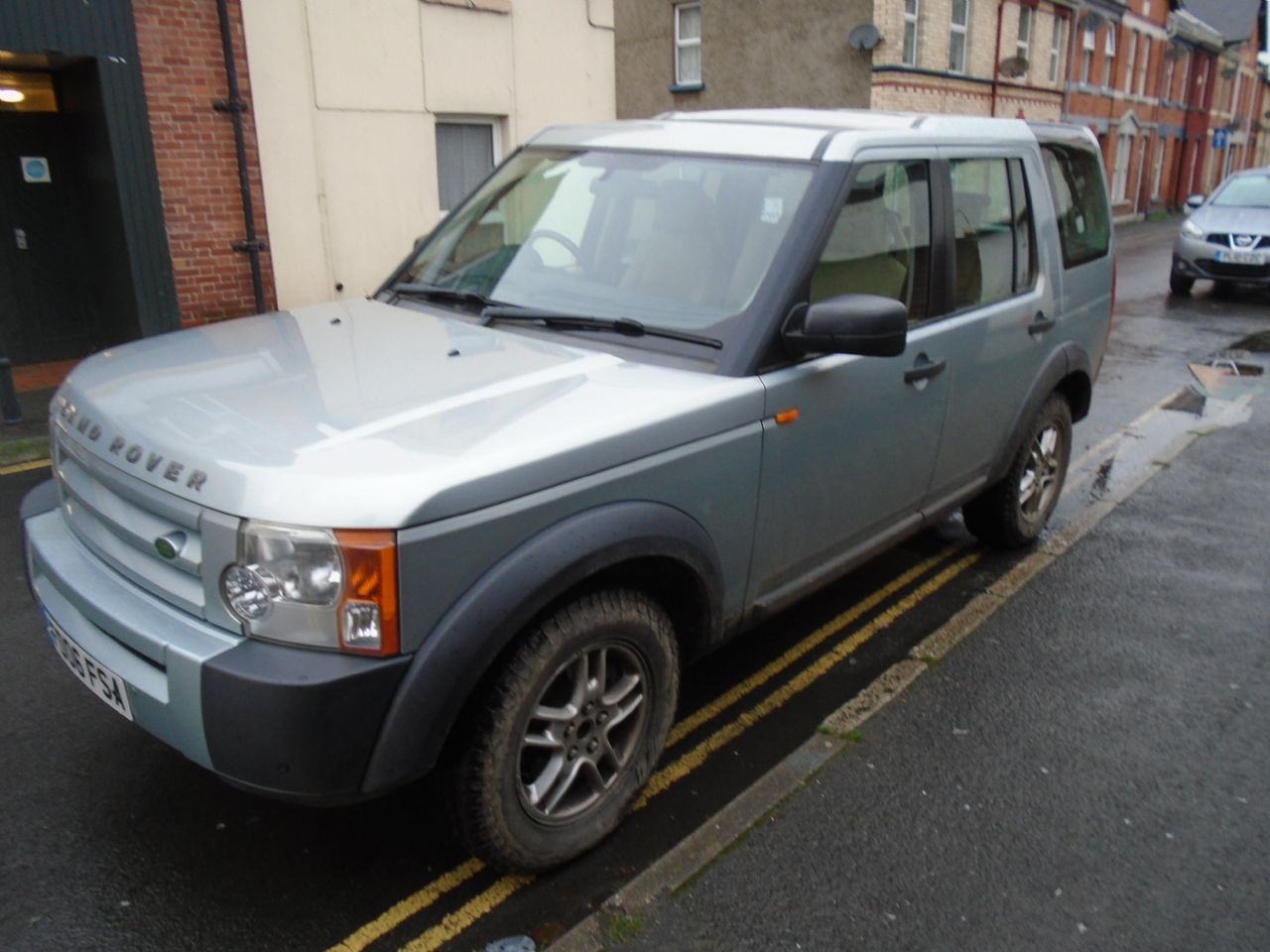 LAND ROVER Discovery 3 TDV6 5 Seat - Picture 3