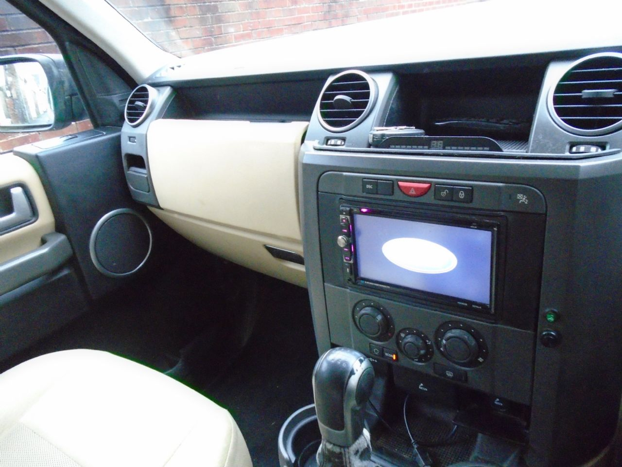 LAND ROVER Discovery 3 TDV6 5 Seat - Picture 6