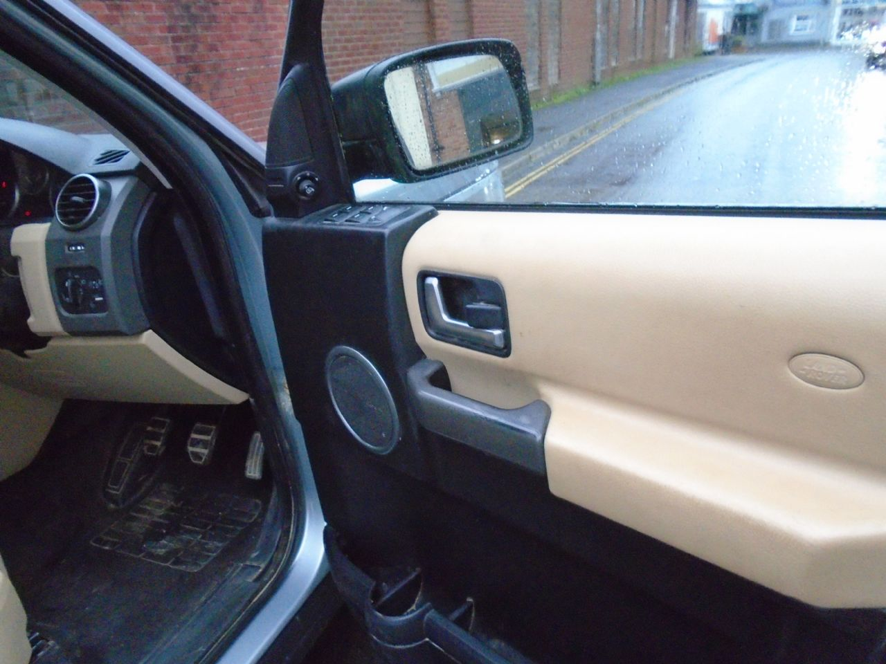 LAND ROVER Discovery 3 TDV6 5 Seat - Picture 8