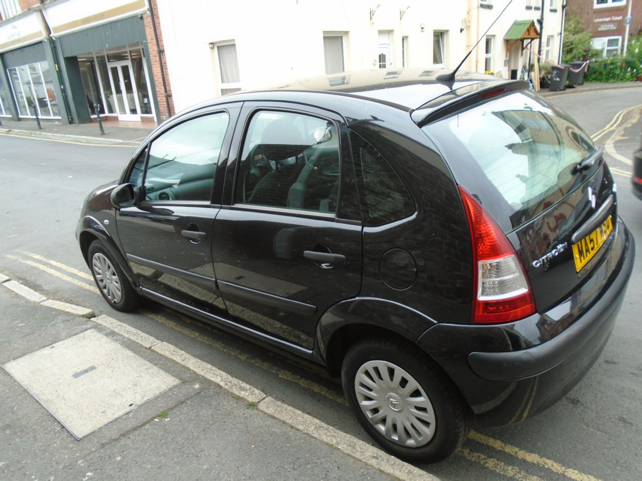 CITROEN C3 1.4 Cool Special Edition - Picture 2