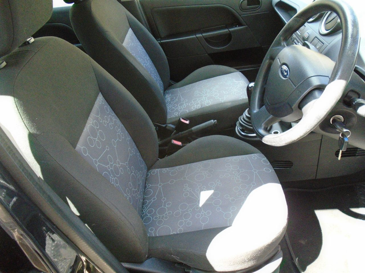 FORD Fiesta Style 1.4 080 - Picture 5